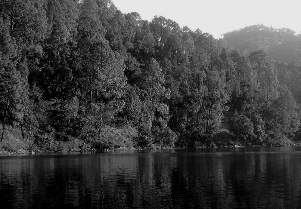 photoblog image Sat - Taal lakes - nainital district